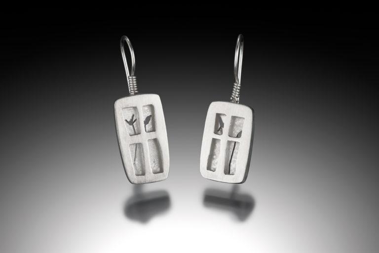 Ling-Yen Jones: Earrings/Image by Berlian Arts